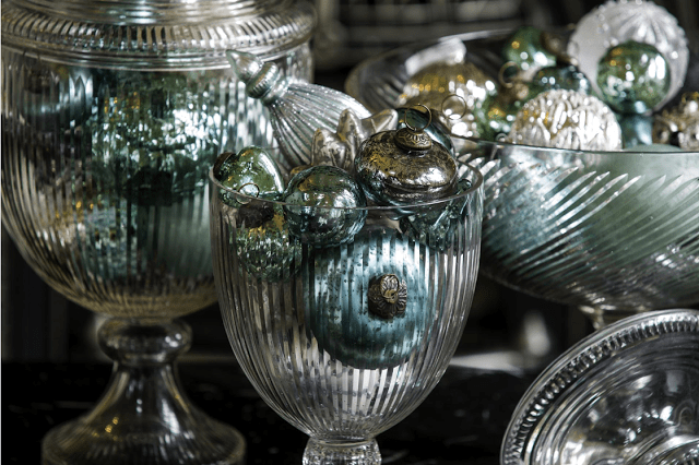5 ways to sprinkle holiday cheer throughout your home now!