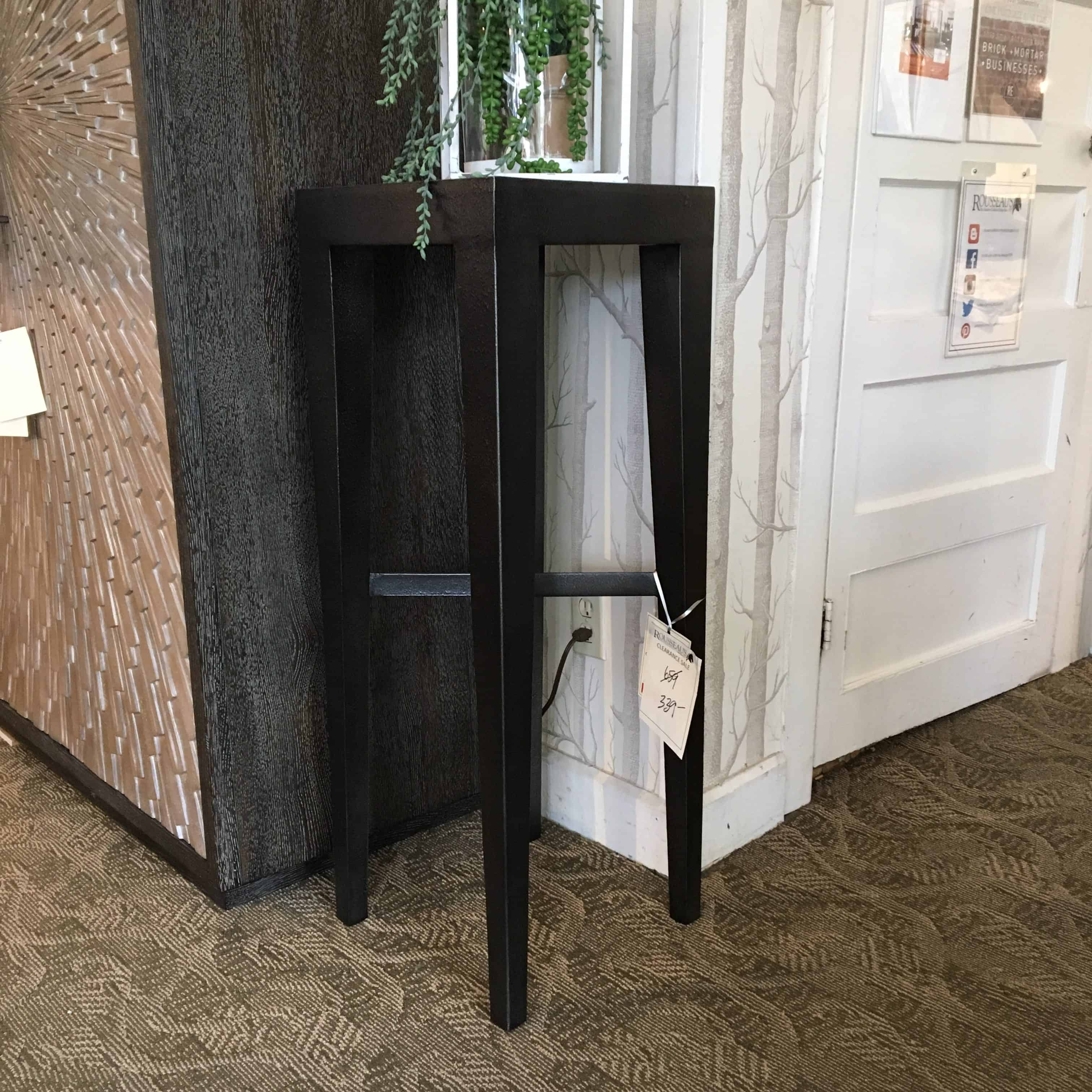 Morris Pedestal Table